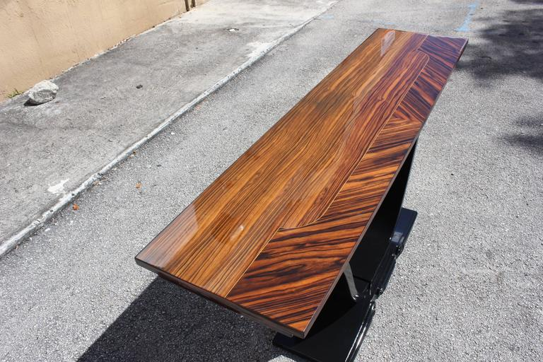 Long French Art Deco Exotic Macassar Ebony Console Tables, circa 1940s In Excellent Condition For Sale In Hialeah, FL