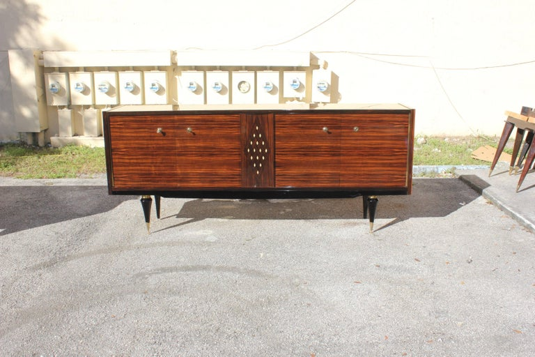 French Art Deco Macassar Sideboard with Diamond Mother-of-Pearl Center In Excellent Condition For Sale In Hialeah, FL