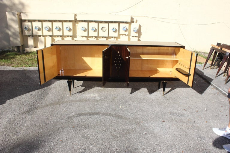 Mid-20th Century French Art Deco Macassar Sideboard with Diamond Mother-of-Pearl Center For Sale
