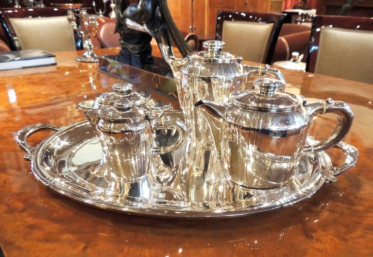 Mid-20th Century French Art Deco Silver Tea and Coffee Set For Sale