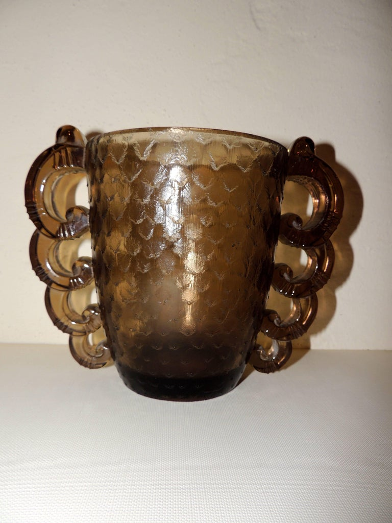 Mid-20th Century Art Deco Glass Vase by D'Avesn for Daum with Scalloped Glass Handles For Sale