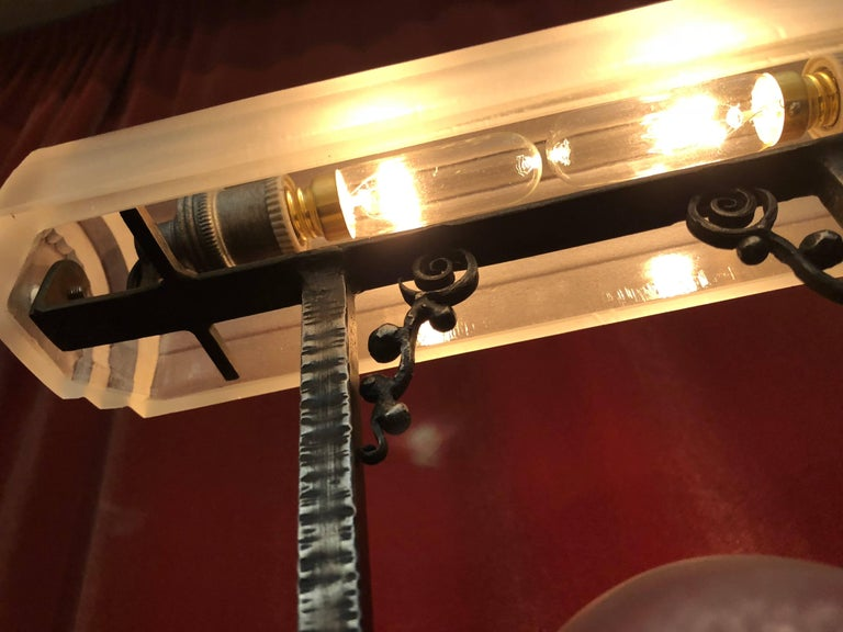 Rare Pierre D´Avesn French Art Deco Acid Etched Table Lamp For Sale 2