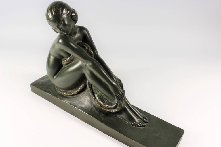 Early 20th Century Art Deco French Bronze Seated Nude by Amedeo Gennarelli, circa 1925 Statue For Sale