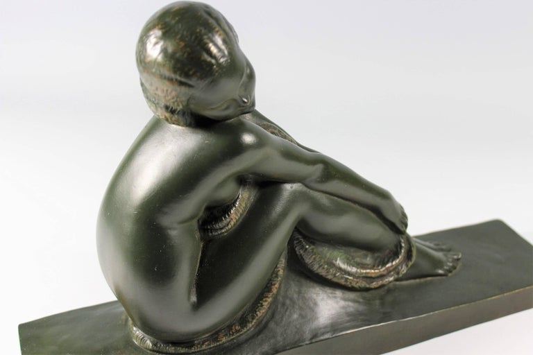 Art Deco French Bronze Seated Nude by Amedeo Gennarelli, circa 1925 Statue For Sale 5
