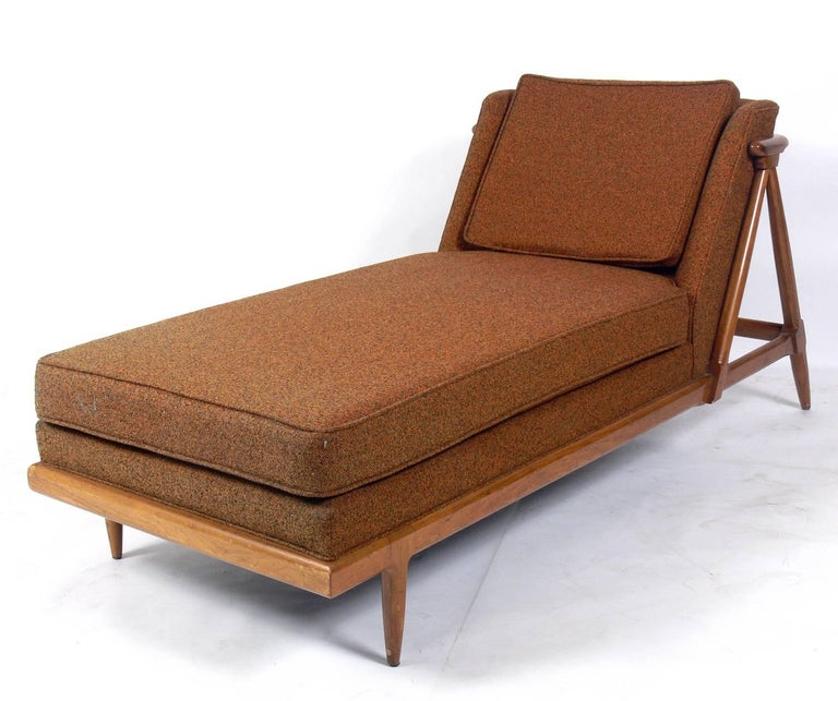 American Curvaceous Chaise Lounge Designed by Lubberts and Mulder for Tomlinson For Sale