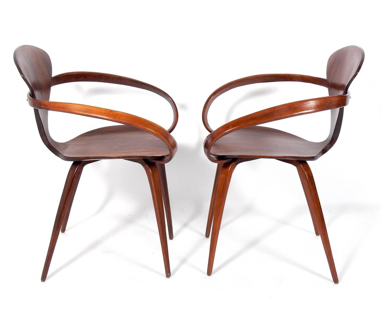 sculptural pair of armchairs by norman cherner for plycraft 3