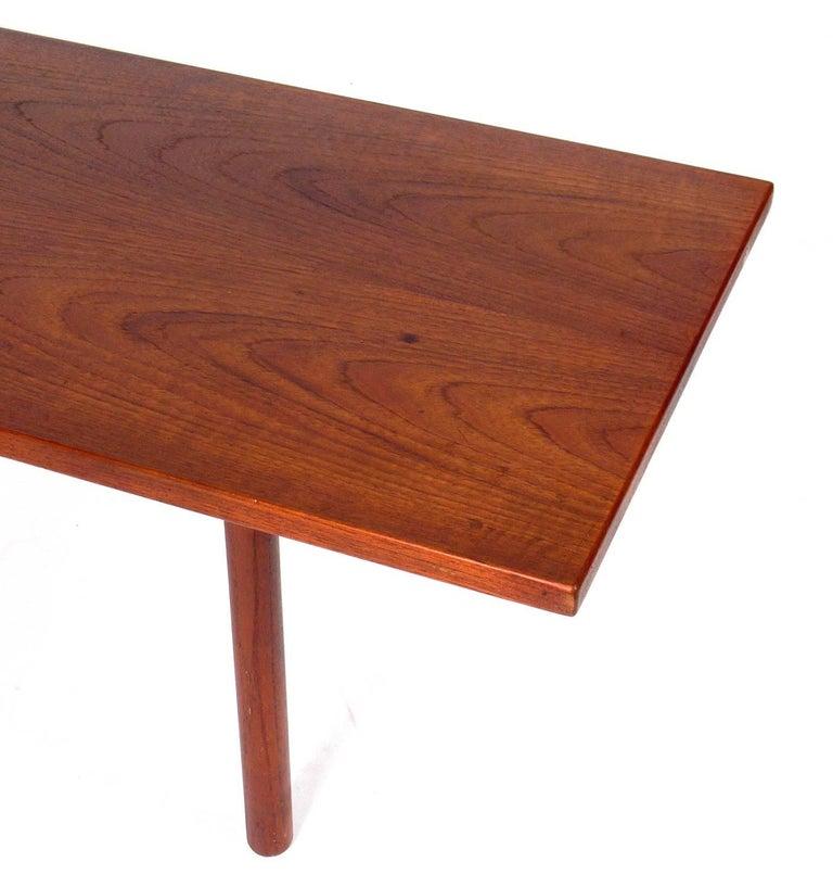 Danish Modern Coffee Table by Hans Wegner In Good Condition For Sale In Atlanta, GA