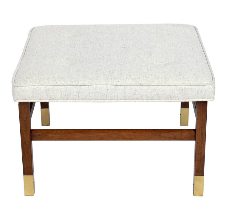 Clean Lined Stool in the Manner of Harvey Probber In Good Condition For Sale In Atlanta, GA