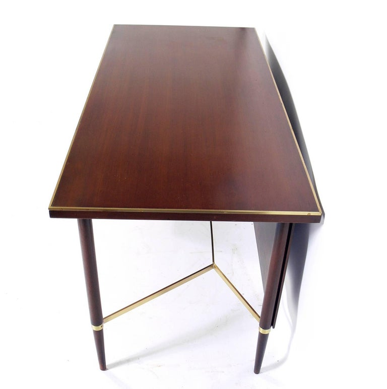 Clean Lined Modern Desk by Paul McCobb In Good Condition For Sale In Atlanta, GA