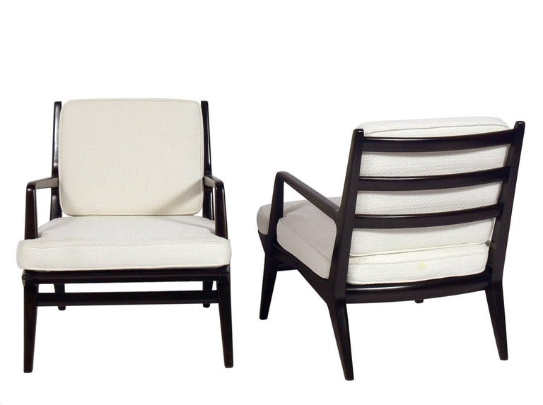 Mid-Century Modern Pair of Lounge Chairs by Carlo di Carli For Sale