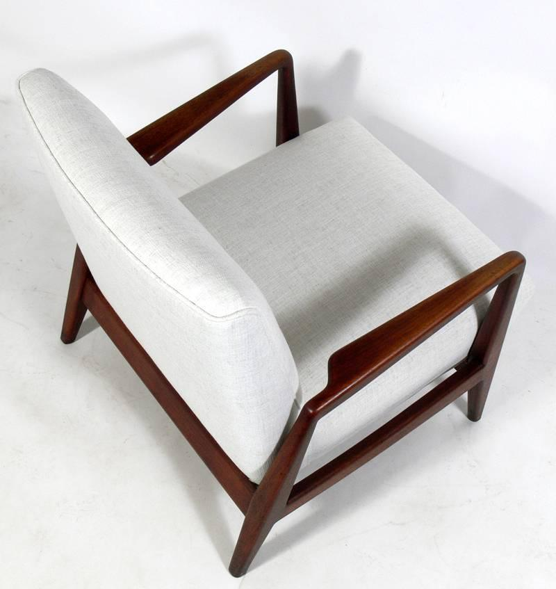 mid century modern walnut lounge chair by jens risom at 1stdibs