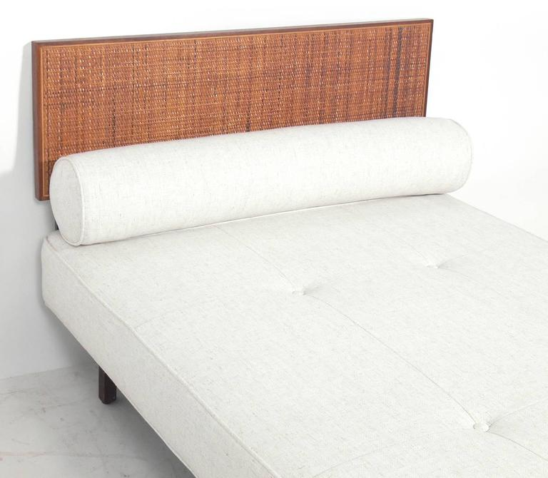 American Clean Lined Knoll Daybed For Sale