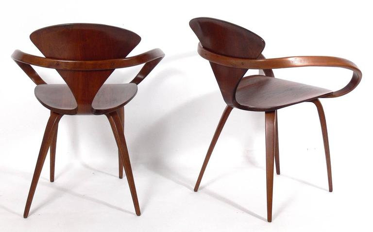 Mid-Century Modern Set of 12 Sculptural Dining Chairs by Norman Cherner for Plycraft