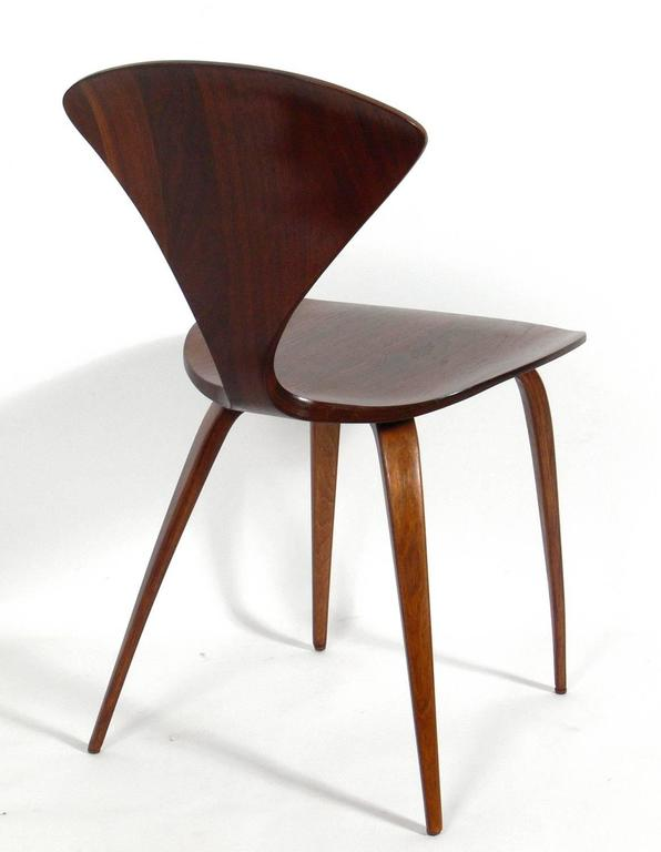 Mid-20th Century Set of 12 Sculptural Dining Chairs by Norman Cherner for Plycraft