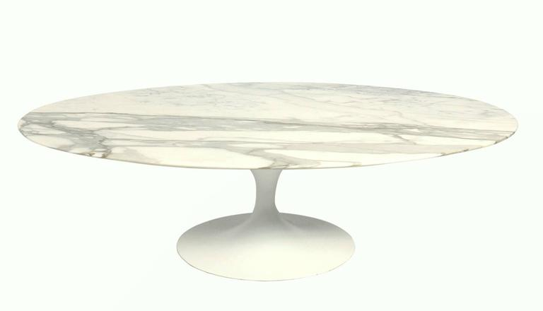 Oval Marble Top Tulip Coffee Table By Eero Saarinen For Knoll At 1stdibs
