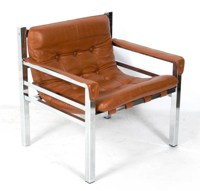 Mid Century Modern Clean Lined Cognac Leather And Chrome Lounge Chair For  Sale