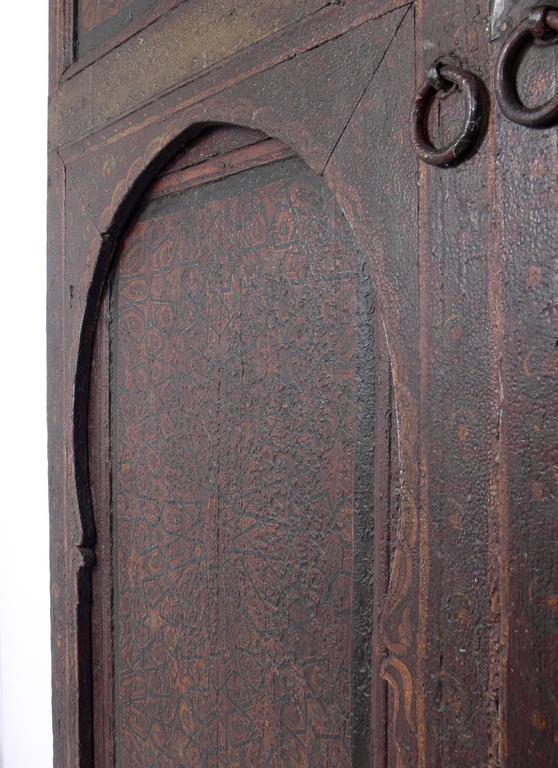Pair of Exotic Hand-Painted Antique Moroccan Doors In Distressed Condition  For Sale In Atlanta - Pair Of Exotic Hand-Painted Antique Moroccan Doors For Sale At 1stdibs