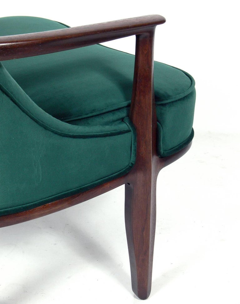 Mid-20th Century Pair of Tufted Lounge Chairs by Edward Wormley for Dunbar For Sale