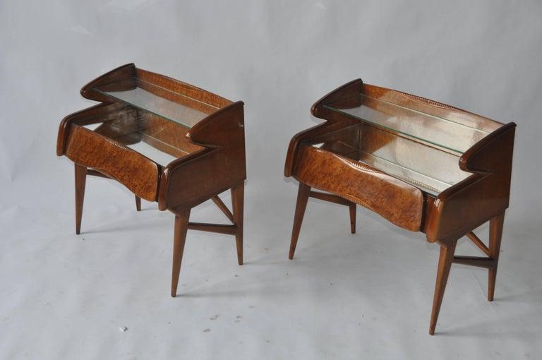 Mid-Century Modern Pair of 1950s Italian Nightstands For Sale