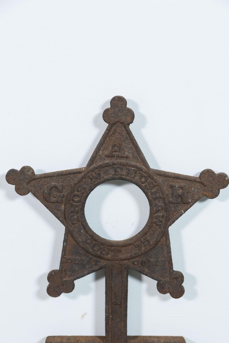 Collection of Three Cast Iron Star Victorian Daughters of the Revolution Markers In Good Condition For Sale In Santa Monica, CA