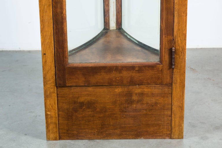 Early 20th Century Fort Worth Hotel Oak Display Case Pair For Sale 1