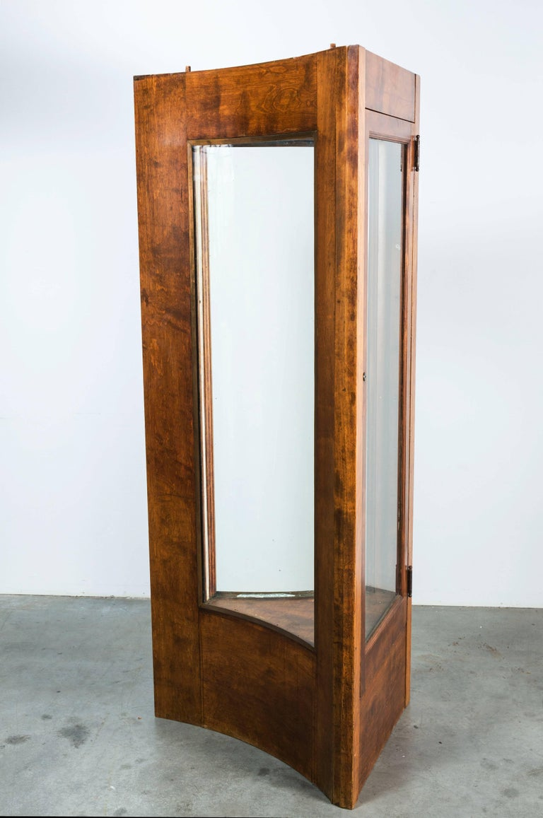 Early 20th Century Fort Worth Hotel Oak Display Case Pair For Sale 5