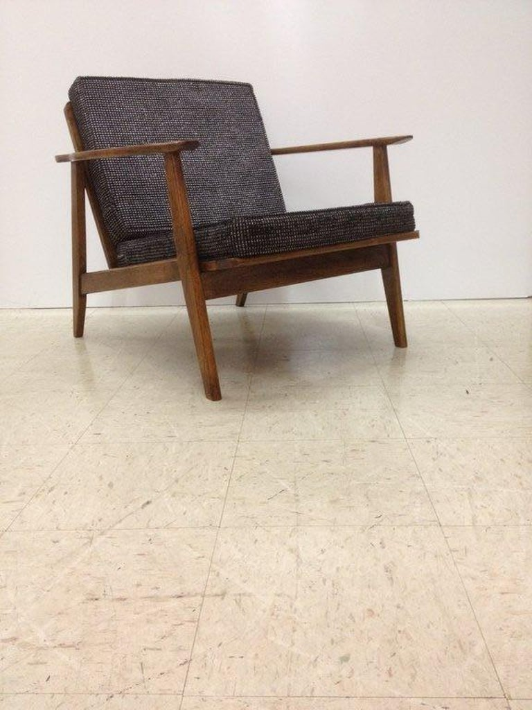 Single danish lounge chair at 1stdibs for Single lounge chairs for sale