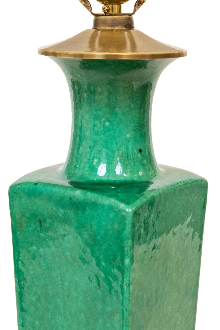 Chinese Export Late 19th-Early 20th Century Apple Green Chinese Urn Shaped Table Lamp For Sale