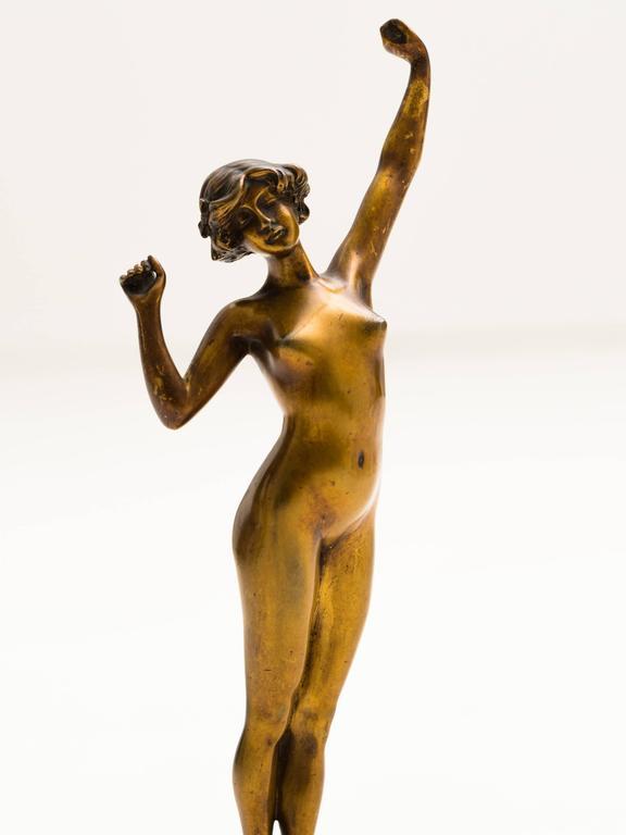 Elegant bronze