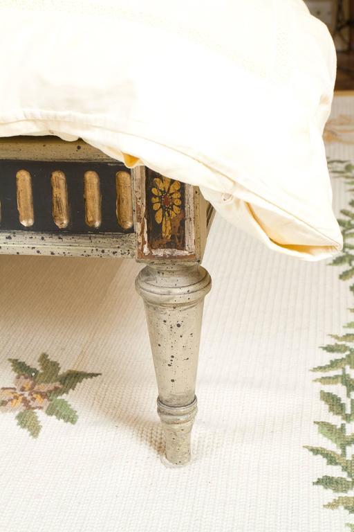 Maginificent Rare Louis XVI Style Bed 4