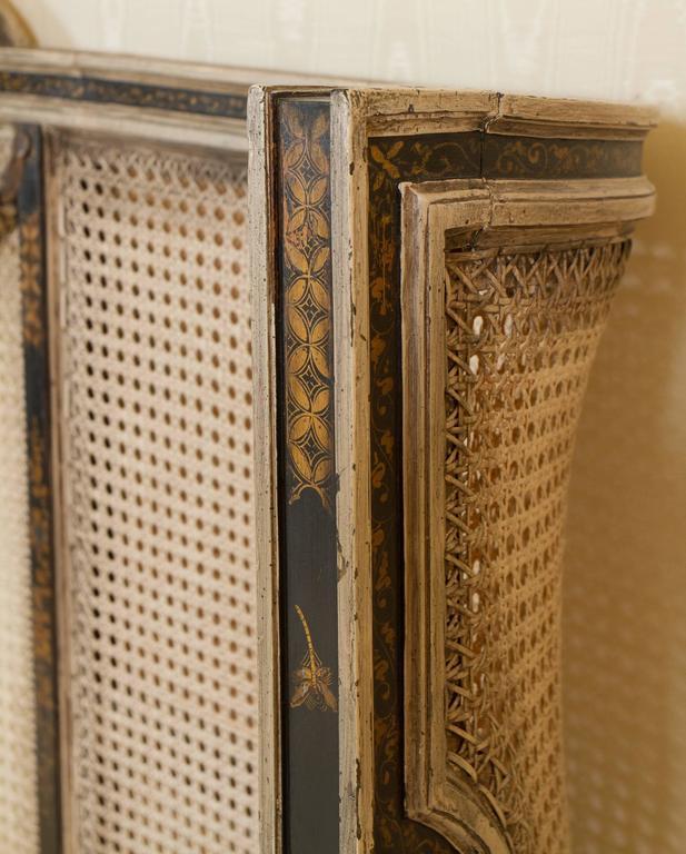 Maginificent Rare Louis XVI Style Bed 10