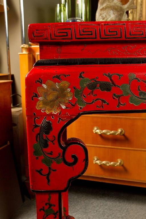 Early 20th Century Vibrant Red Cinnabar Lacquered Chinese Altar Table For Sale