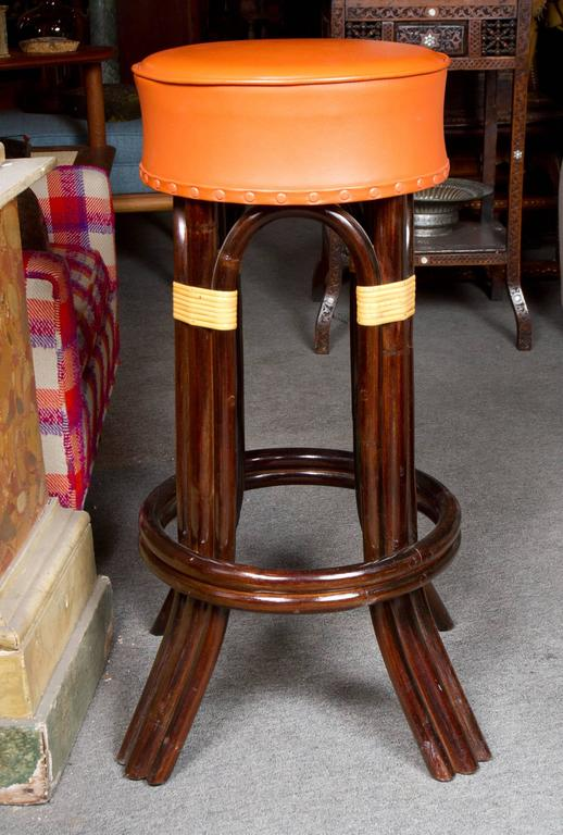 Great Set of Six Bamboo Bar Stools In Excellent Condition For Sale In Montreal, QC
