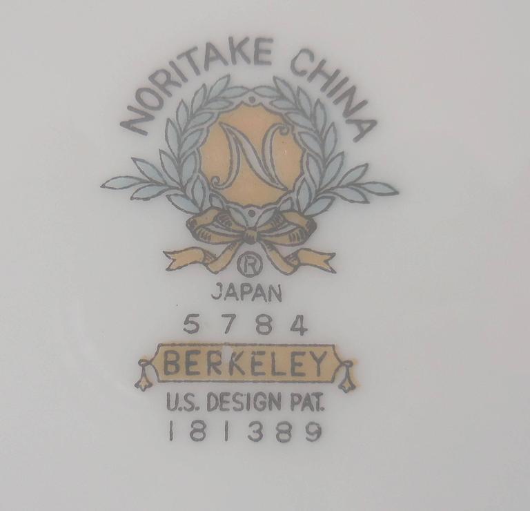 "Noritake Mid-Century ""Berkeley 5784"" Dinner Service for Eight Japan For Sale 3"