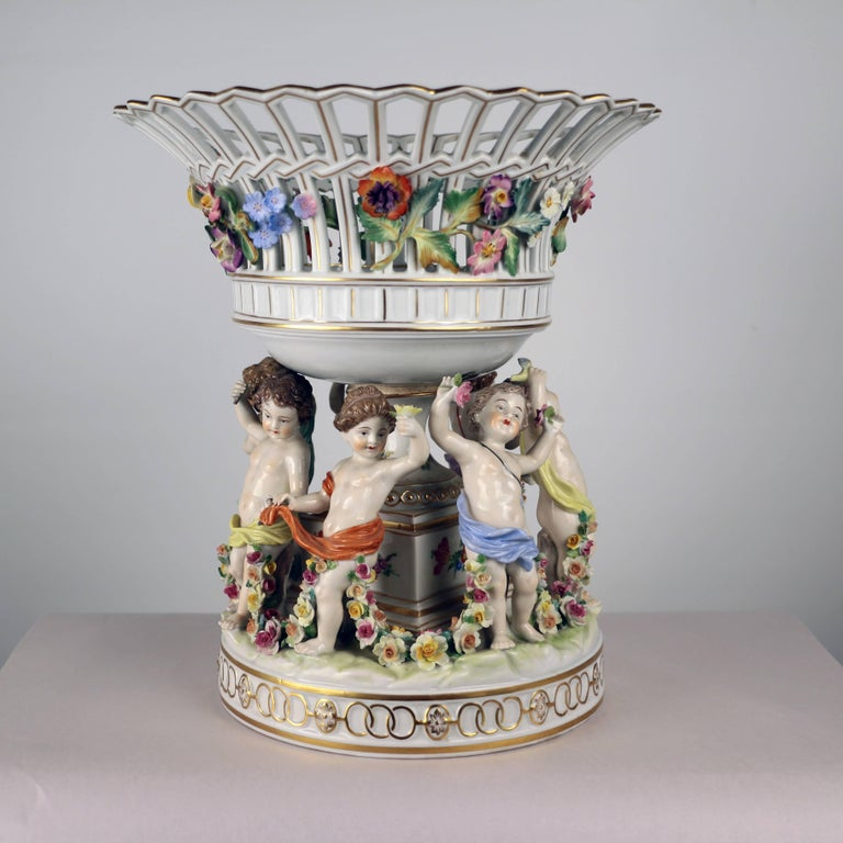 Dresden Porcelain Figural Centrepiece Raised Fruit Bowl For Sale 2