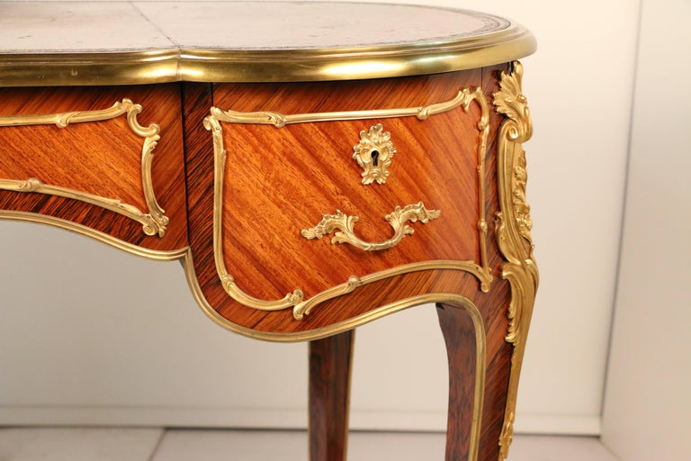 Louis XV Style Desk a Rognon For Sale 2