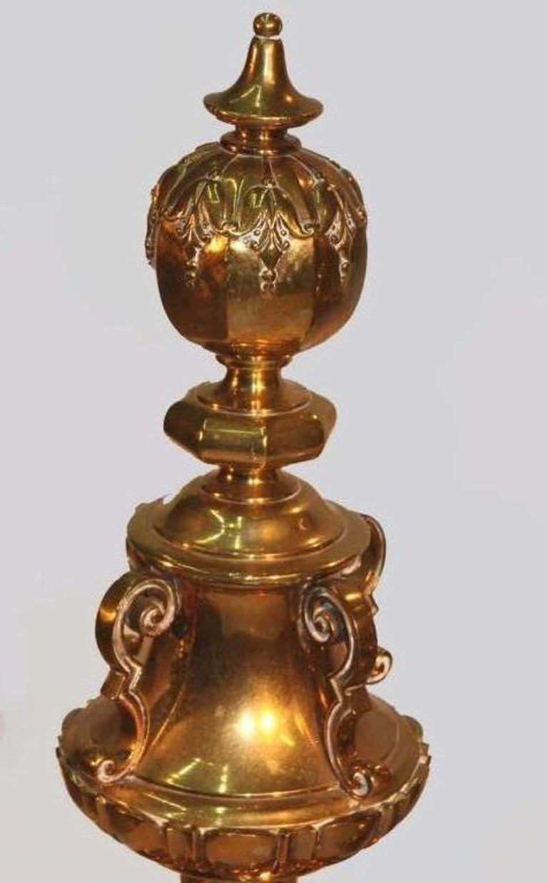 Pair of Renaissance Revival Brass Andirons In Good Condition For Sale In Montreal, QC