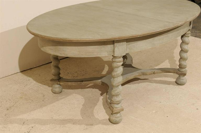 Swedish Baroque Style Oval Table from the Mid-20th Century For Sale 1