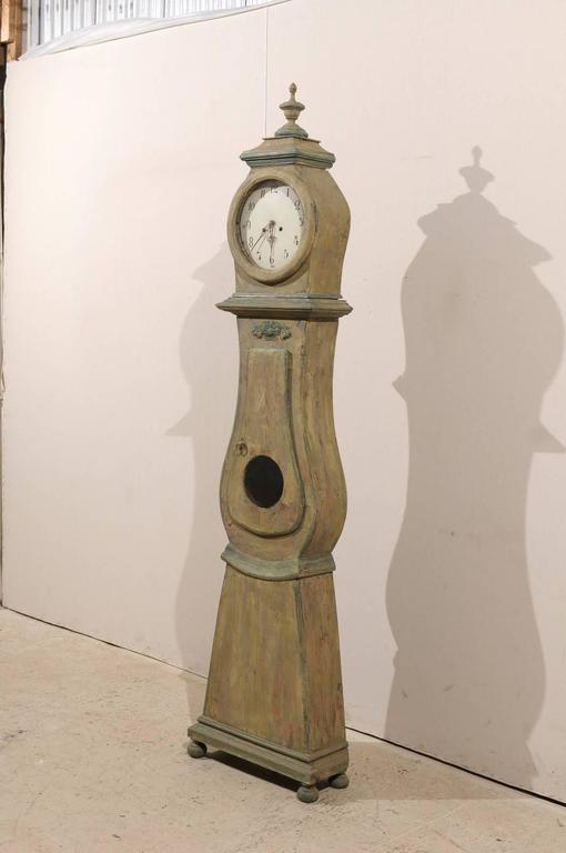 Swedish 19th Century Wood Long Case/Floor Clock in Taupe, Grey and Green Colors For Sale 1