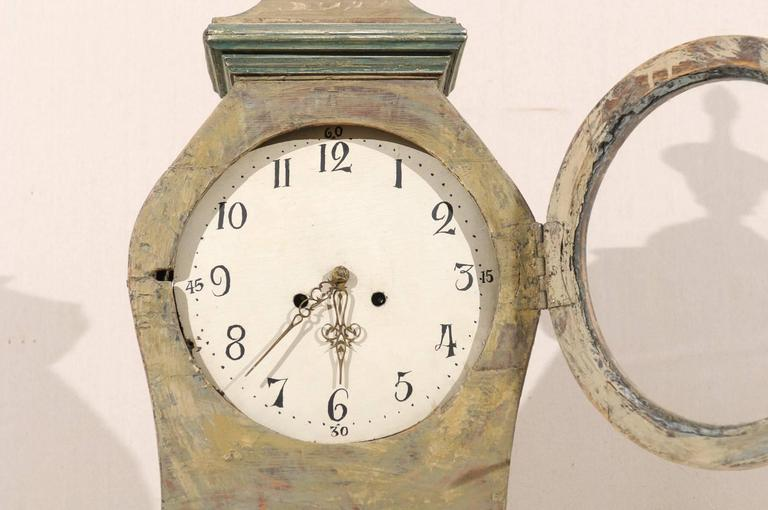 Swedish 19th Century Wood Long Case/Floor Clock in Taupe, Grey and Green Colors For Sale 3