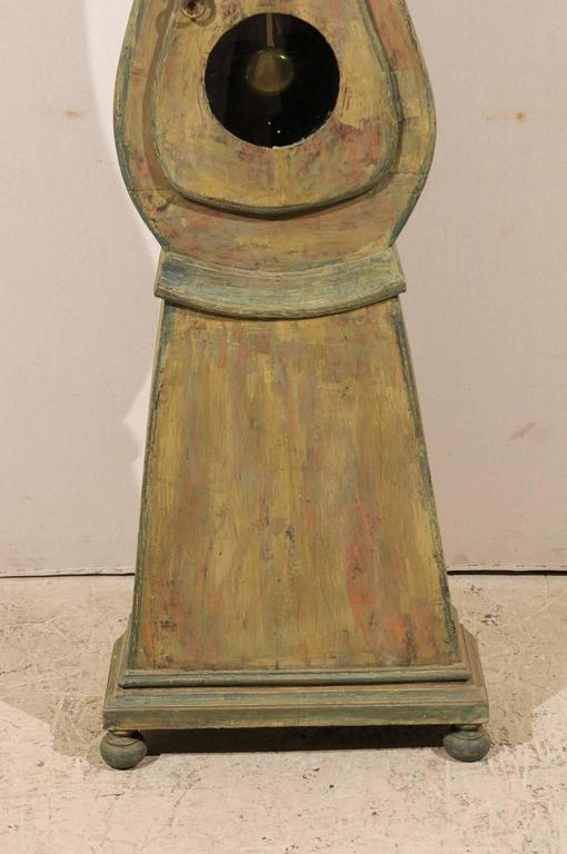 Swedish 19th Century Wood Long Case/Floor Clock in Taupe, Grey and Green Colors For Sale 5
