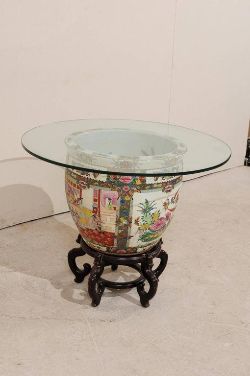 Chinese Famille Rose Ornately Decorated Porcelain, Glass and Wood Round Table For Sale 4