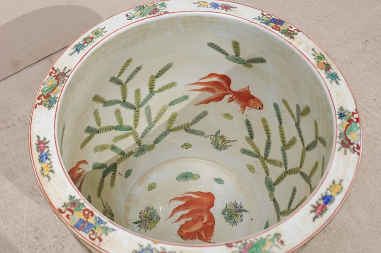Chinese Famille Rose Ornately Decorated Porcelain, Glass and Wood Round Table For Sale 5