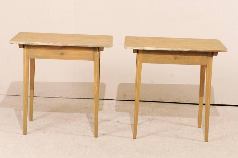 20th Century Pair of Swedish Beige Tinted Single Drawer Side Tables with Tapered Legs For Sale