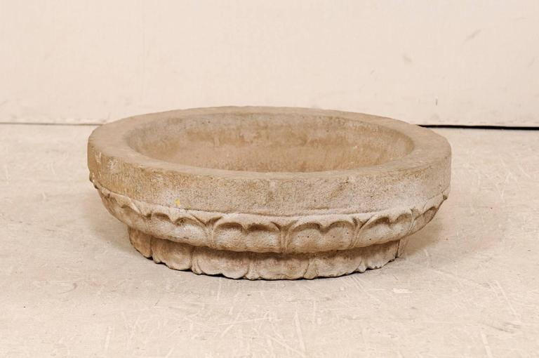19th Century Hand-Carved Stone Bowl from Kerala India with Surrounding Pattern For Sale 2