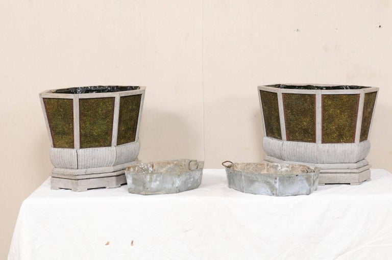 Pair of Unique Swedish Planters of Wood, Wire and Stone with Moss Inside, 1920s For Sale 3