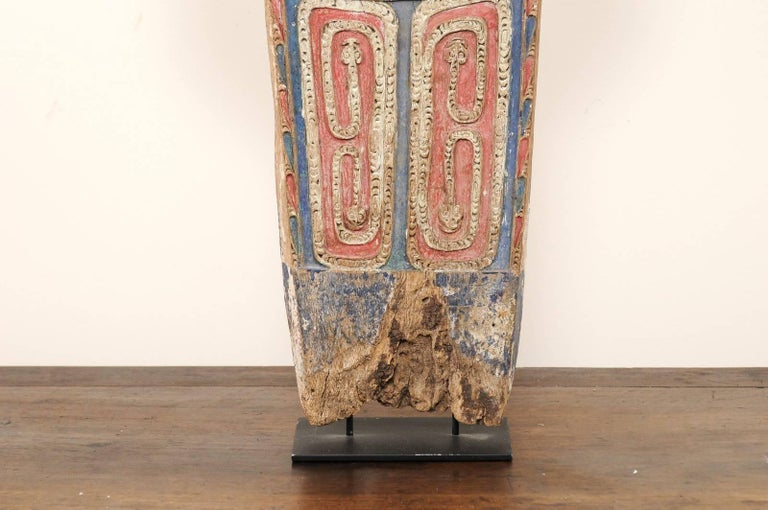 Vintage Carved and Painted Wood Splash Board from Papua New Guinea In Good Condition For Sale In Atlanta, GA