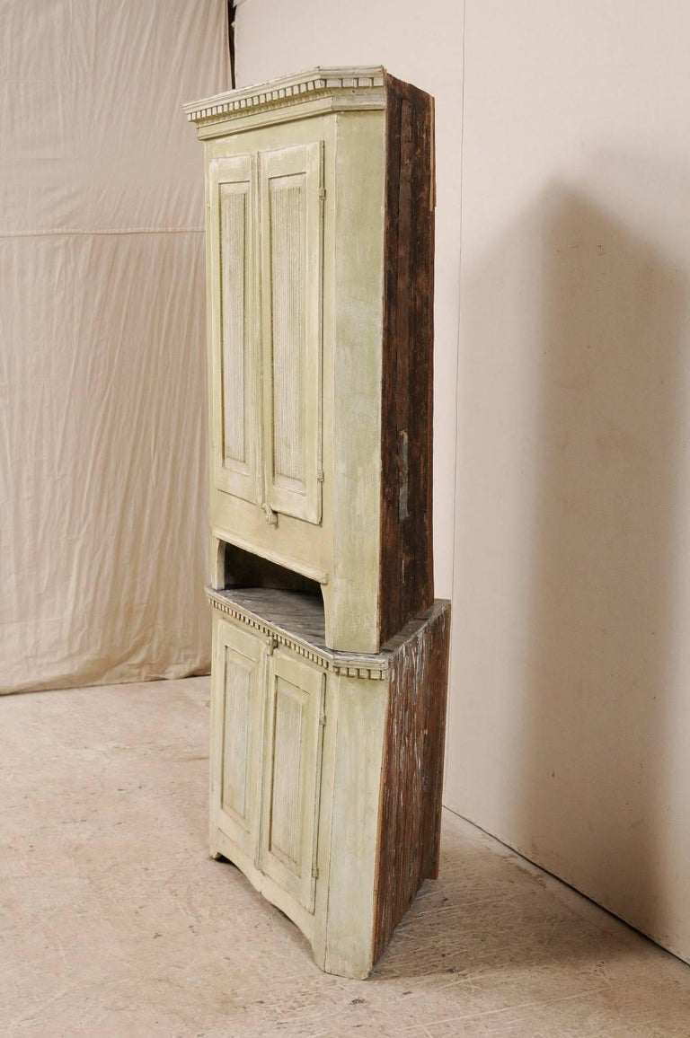 Swedish Late 18th Century Period Gustavian Tall Painted Wood Corner Cabinet For Sale 2