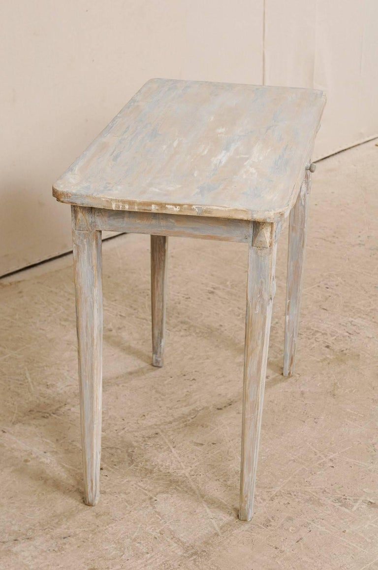 Swedish Period Gustavian, 19th Century Painted Wood Side Table with Drawer In Good Condition In Atlanta, GA