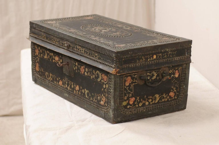 19th Century Chinese Camphor Wood and Leather Trunk with Hand-Painted Flowers For Sale 1